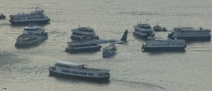 plane-inhudson-river